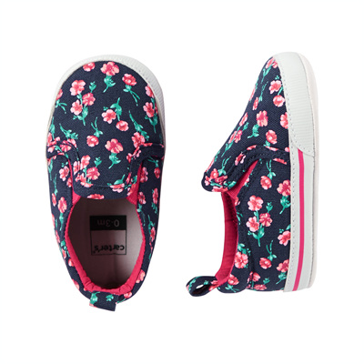 [13745A35] Carter'sFloral Slip-On Crib Shoes